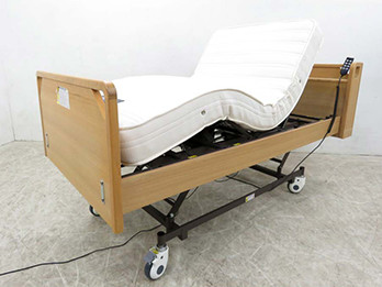 ラクティ 電動リクライニングベッド