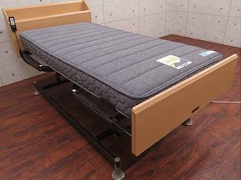 リハテック RE03C 電動リクライニングベッド